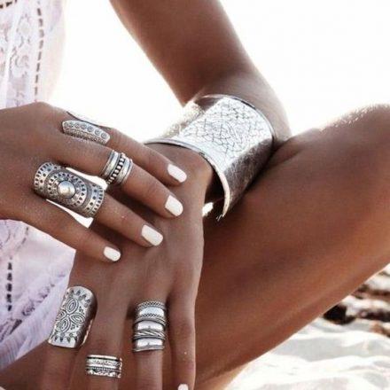 7 moduri de a adauga culori metalice la tinuta si de a arata absolut fabulos