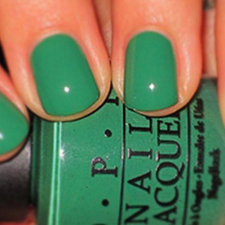 Psihologia culorii verde in manichiura!