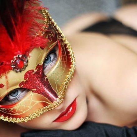 Coafura sub mastile Carnavalului!