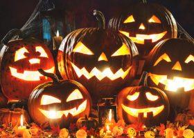 Halloween! Masti, costume si petrecere!