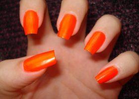 Psihologia culorii portocaliu in manichiura!