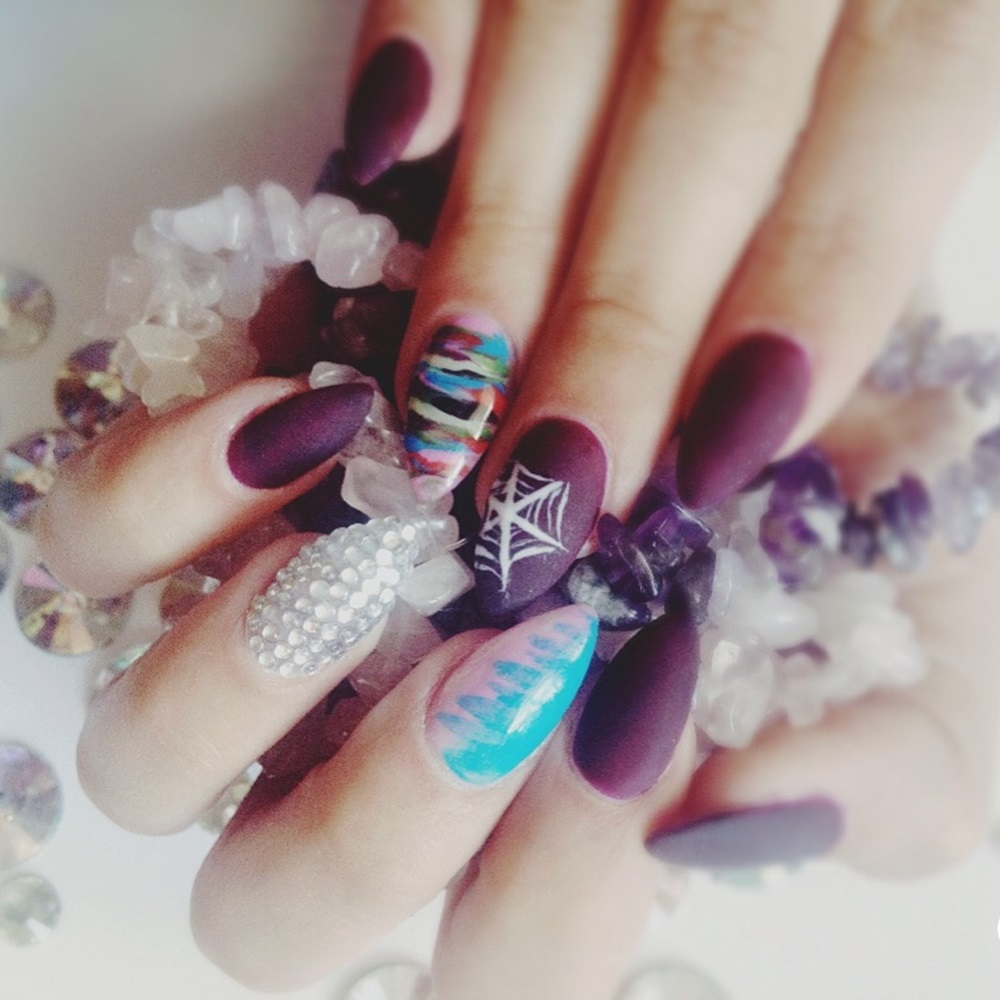Psihologia Culorii Violet In Manichiura We Beauty