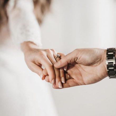 Cele 36 de intrebari care ne conduc spre dragoste