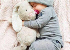 Imbratisarea copilului tau vine cu beneficii