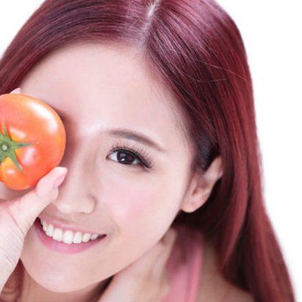 3 masti de fata homemade cu uimitoarele rosii