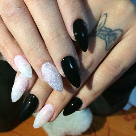 Intretinere unghii cu gel