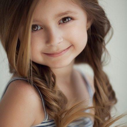 Șase coafuri drăguțe și practice pentru micuța ta prințesă