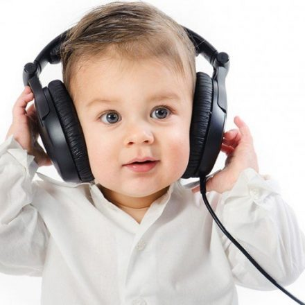 Bebelusii si muzica