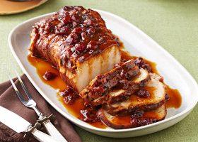 Cotlet de porc cu sos de merisoare