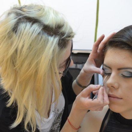 Trucuri simple pentru un eyeliner perfect!