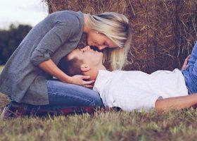 16 lucruri mici pe care le puteti face pentru a va imbunatati relatia