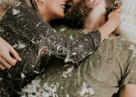 """55 Citate despre dragoste care spun """"Te iubesc"""" perfect (si surprinde ce inseamna cu adevarat)"""