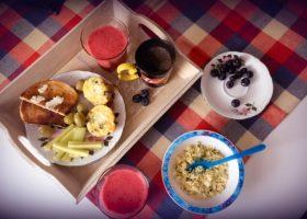Micul dejun oferă multe avantaje pentru sănătatea și bunăstarea noastră