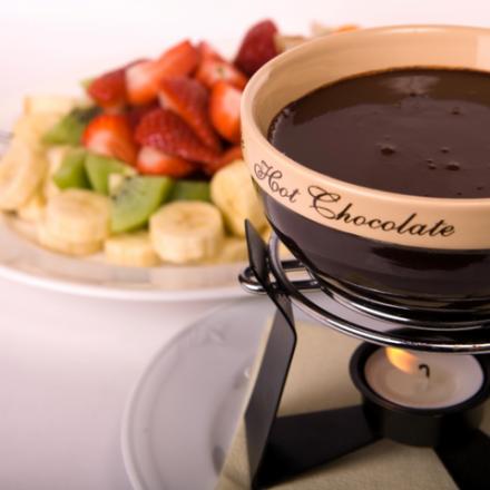 Deserturi delicioase de ciocolată pe care le puteți face în doar 10 minute
