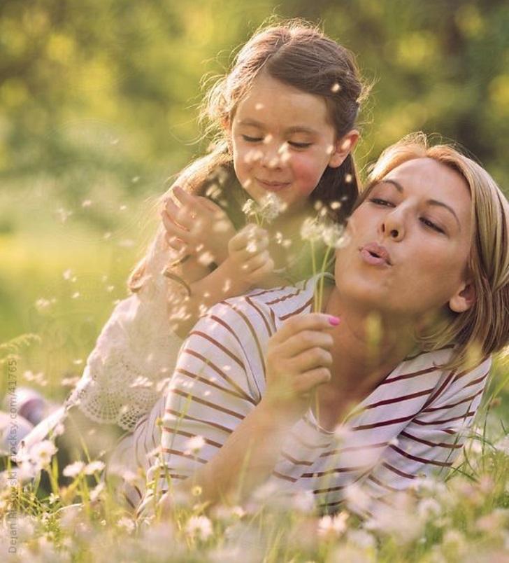 A avea o mamă puternică te poate transforma într-o femeie puternică