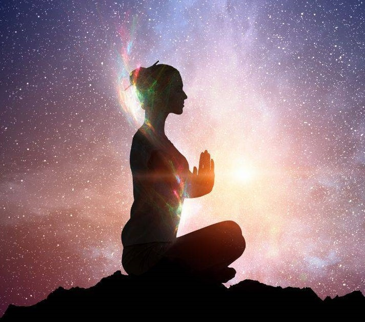 5 moduri de a vă crește vibrațiile în mai puțin de 60 de secunde
