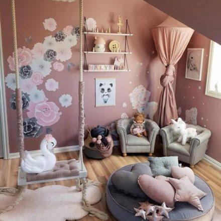 Idei de decor pentru camera de joacă a copiilor